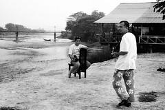 Film buffs (QooL / بنت شمس الدين) Tags: travel river lucky m3 laos vangvieng 031 qool vanvieng shd100 qoolens seluarbunga seluarbelang