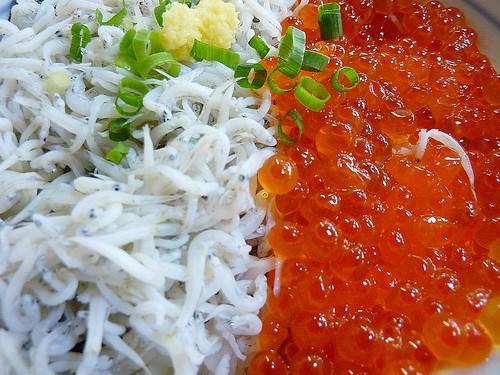 日本。江之島站。不拉魚和鮭魚卵套餐
