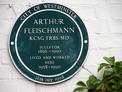 Photo of Arthur Fleischmann green plaque