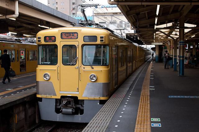 西武鉄道新宿線2000系 2414F