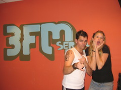 Oh! Robbie! (3FM) Tags: music tattoo williams muziek robbie robbiewilliams 2010 lookalike radio3fm annemiekeschollaardt 3fmseriousradio