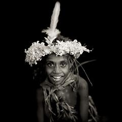 New ireland kid - Papua New Guinea (Eric Lafforgue) Tags: png0707 culture tradition tribal tribetribu oceanie papuanewguinea papouasienouvelleguinee png oceania island kidchildenfant portrait facevisage fleur flower sourire smile     paapuauusguinea papoeanieuwguinea  papouasienouvelleguine papuaneuguinea  papuanovaguin papusianovaguin papuanovguinea    papuanowagwinea papanuevaguinea papuanugini papuaniugini papuanuovaguinea papuanyaguinea papuanyguinea   papu papou kid