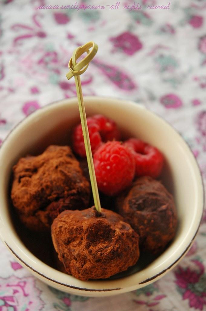 Tartufi cioccolato e lamponi