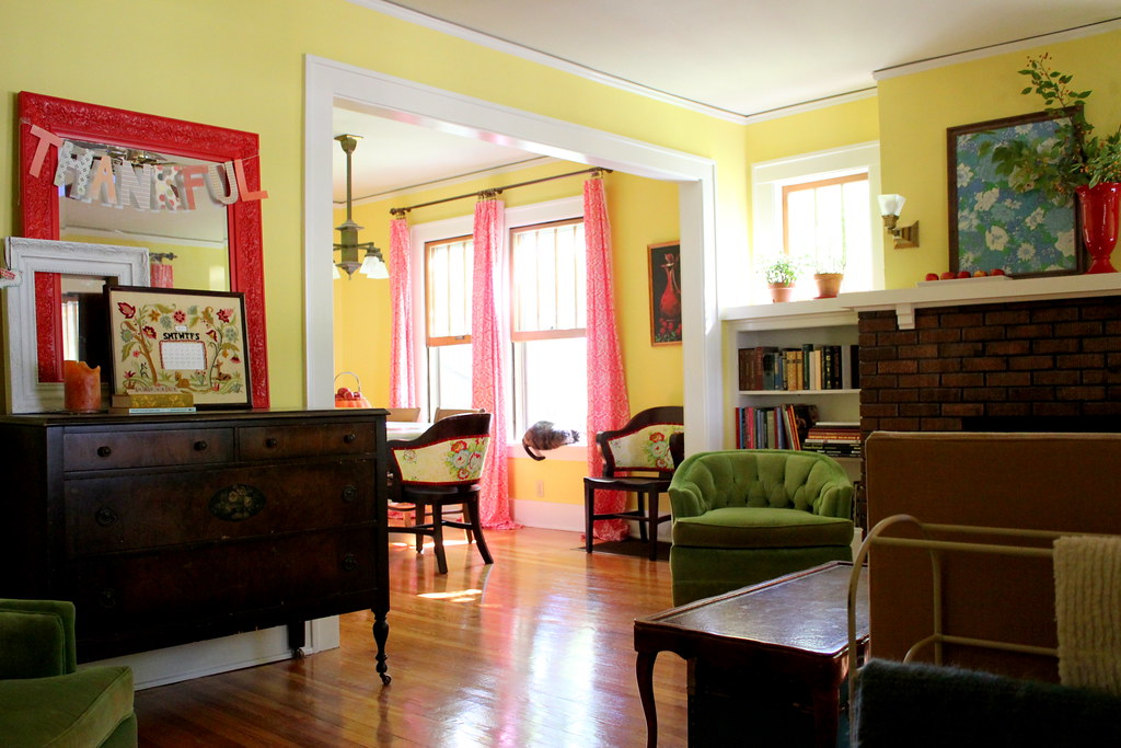 we painted the trim (and we love it!)