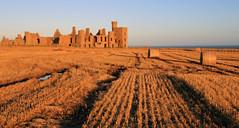 Evening light at Slains Castle (Craig Hannah) Tags: castle aberdeenshire dracula derelict slainscastle bramstoker