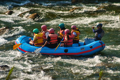 Canotaje en Lunahuana (Martintoy) Tags: peru nikon adventure rafting d100 tamron aventura cañete 70300 lunahuana canotaje