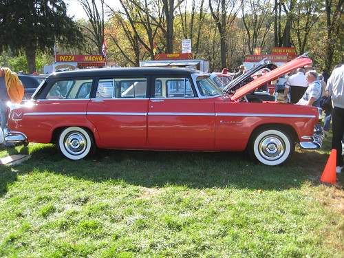 auto show classic 1955 car pennsylvania antique restored hershey chrysler meet stationwagon aaca
