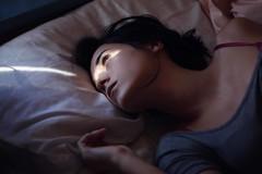 (Melania Brescia) Tags: light sun girl look bed melania brescia