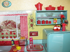 More shelves... (Retro Mama69) Tags: kitchen vintage puppy table miniature chairs retro marx shelves remcodoll roombox rements vintagetintoy miniaturekitchen prettymaid toydiorama pennybritedoll tuttidoll kitchendiorama metalkitchentoy 1950ss yellowandturquoisekitchen