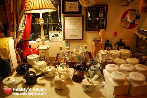 van gogh teapots