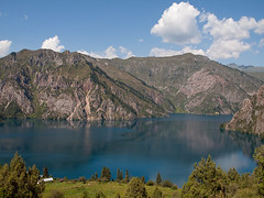 Sary-Chelek lake (Evgeni Zotov) Tags: blue cliff cloud mountain lake landscape asia mount highland shore kyrgyzstan tianshan kirghizistan kirgistan kirgizia kirgizistan alatau kirgizi kirgisistan  kirguistan kirghizia krgzistan quirguisto      sarychelek