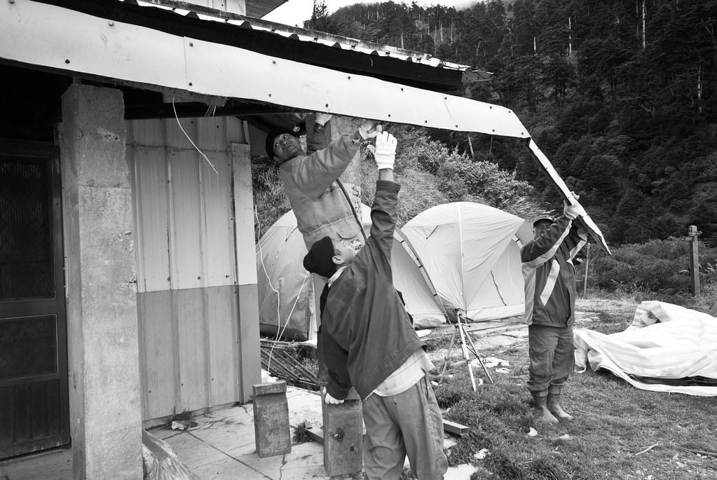 回到天池山莊後,這邊已經要拆除了