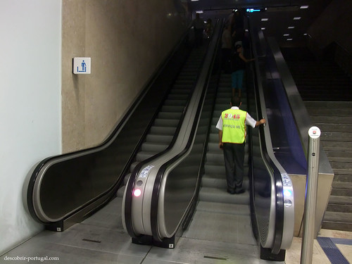 Escadas rolantes, para os dois sentidos