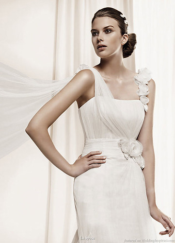 dahir_la_sposa_2011_wedding_dress