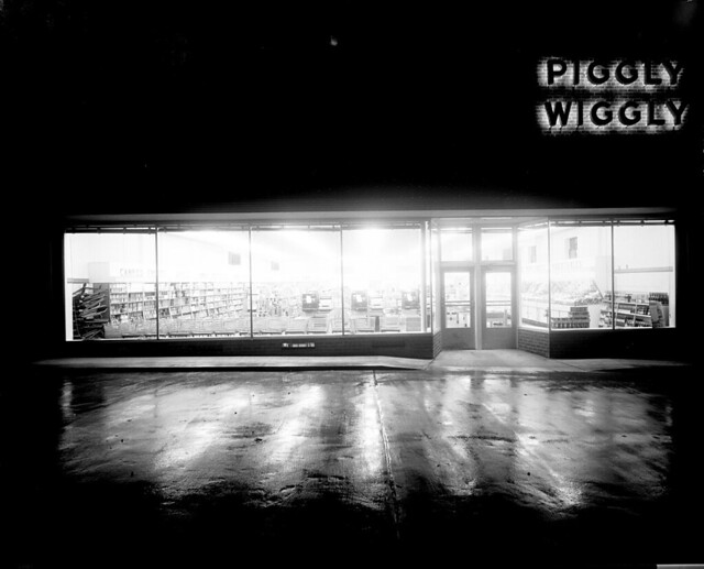 N_53_15_6344 Piggly Wiggly Store Interior, Night Exterior