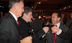 Jaque concluyó la misión comercial en EE.UU. promocionando el vino junto a Santaolalla