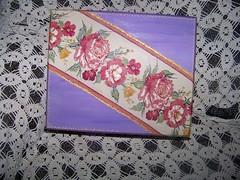 Caixa em MDF (Ronew) Tags: fuxico colagem em pintura artesanatos decoupage tecido craquele