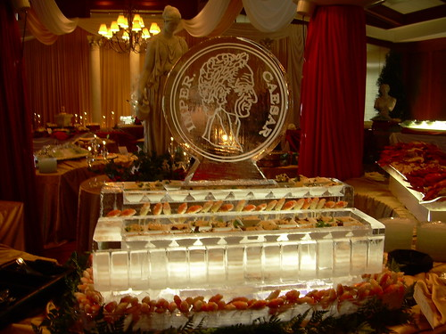 Caesar Seafood Station ice sculpture