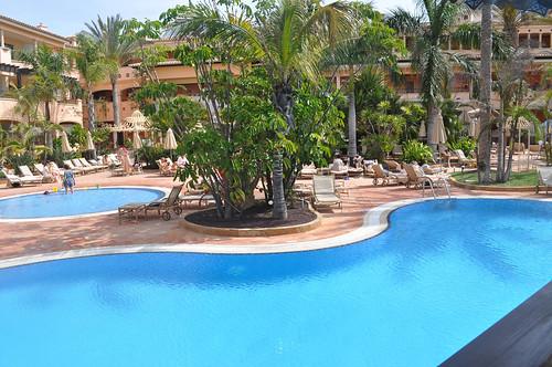 Jardines y piscina del Hotel