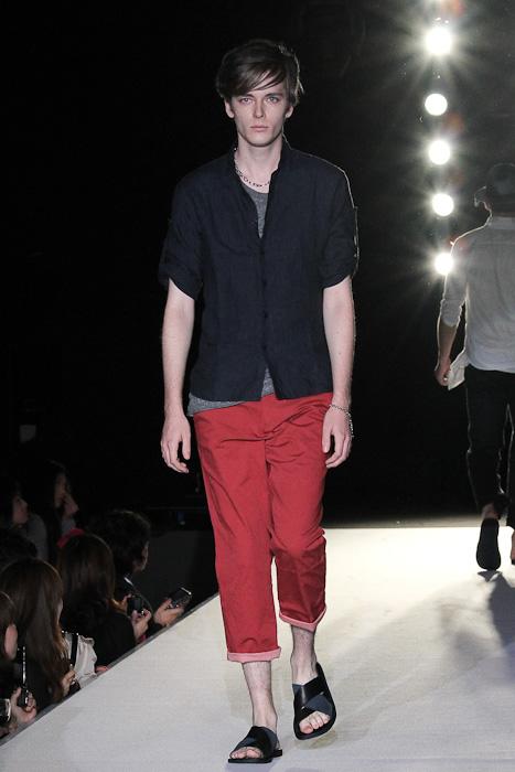 SS11_Tokyo_LANVIN en Bleu013_Daniel Hicks(Fashionsnap)
