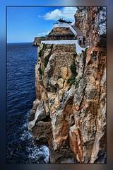 Cova d`en Xoroi. (menorca) (((((((-charly-)))))) Tags: paisajes atardecer den panoramicas imagenes pueblos menorca cova xoroi 2010 encantos 450d vosplusbellesphotos travelsofhomerodyssey ufospain