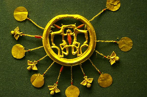 mycenaean jewellery.JPG