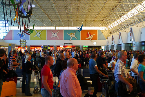 Check-In Aeropuerto de Gran Canaria by Håkan Dahlström, on Flickr