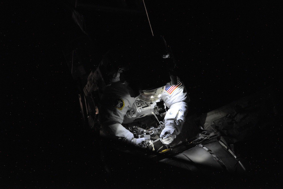Incredible Photos from Space: Astronaut working on the outside of ISS