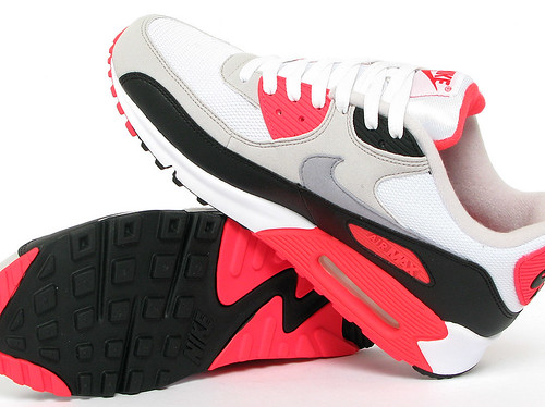 nike-air-max-90-white-cement-infrared-black-07
