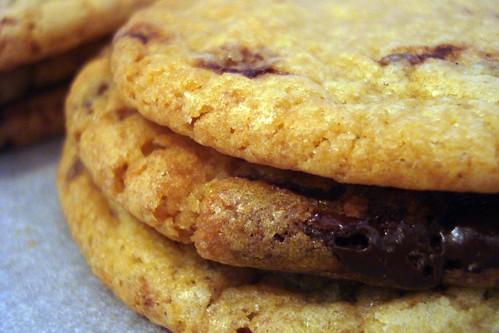 organic choc chip cookies