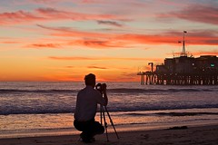 capturing the same scene (Eric 5D Mark III) Tags: california camera sunset sky people seascape color beach canon landscape pier losangeles twilight photographer santamonica tripod backside tone ef70200mmf28lisusm eos5dmarkii