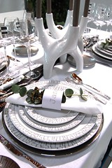 Bauhaus tablescape ( Rosenthal Sambonet) (maria grazia preda) Tags: table decoration lifestyle tisch tovaglia bianco tablesetting celebrating tavola tessuti  rosenthal decoracin visualmerchandising tablescapes tischdeko tischdekoration apparecchiare apparecchiatura sambonet ricevere decorazionetavola tabledecorating mariagraziapreda decorerlatable