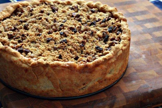 Deep Dish Caramel Apple Pie