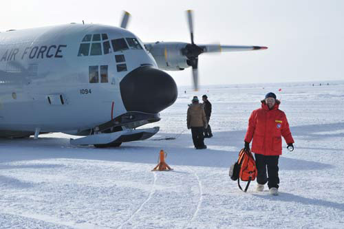 Deplaning at the South Pole.