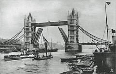 Tower Bridge (Leonard Bentley) Tags: towerbridge riverthames raphaeltuck postcard londoncountycouncilpaddlesteamer vessels bascules greenwich london uk 1906