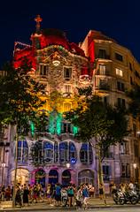 UMT07073 (UmitCukurel) Tags: barcelona barceloneta spain espana sony cathedral gothic city ciudad people antique
