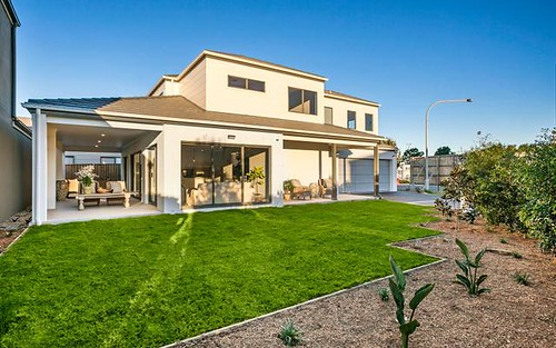 11 Grand Court, Fairy Meadow NSW
