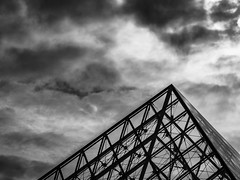 Moody Parisan (Chris Hearne) Tags: france 2014 paris thelouvre blackwhite architecture europe geometry day4 îledefrance fr