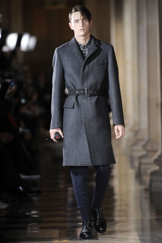 Alex Dunstan3056_FW10_Paris_Dries Van Noten(VOGUEcom)