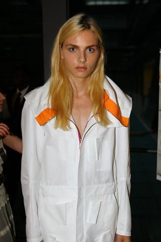Andrej Pejic3048_SS11_Paris_Raf Simons BS(Dazed Digital)