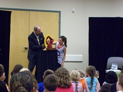 ys-srp-kick-off 006 (eg_library) Tags: magician summerreadingprogram eastgreenbushlibrary jimsnack