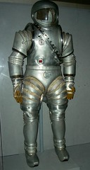 old_spacesuit_design