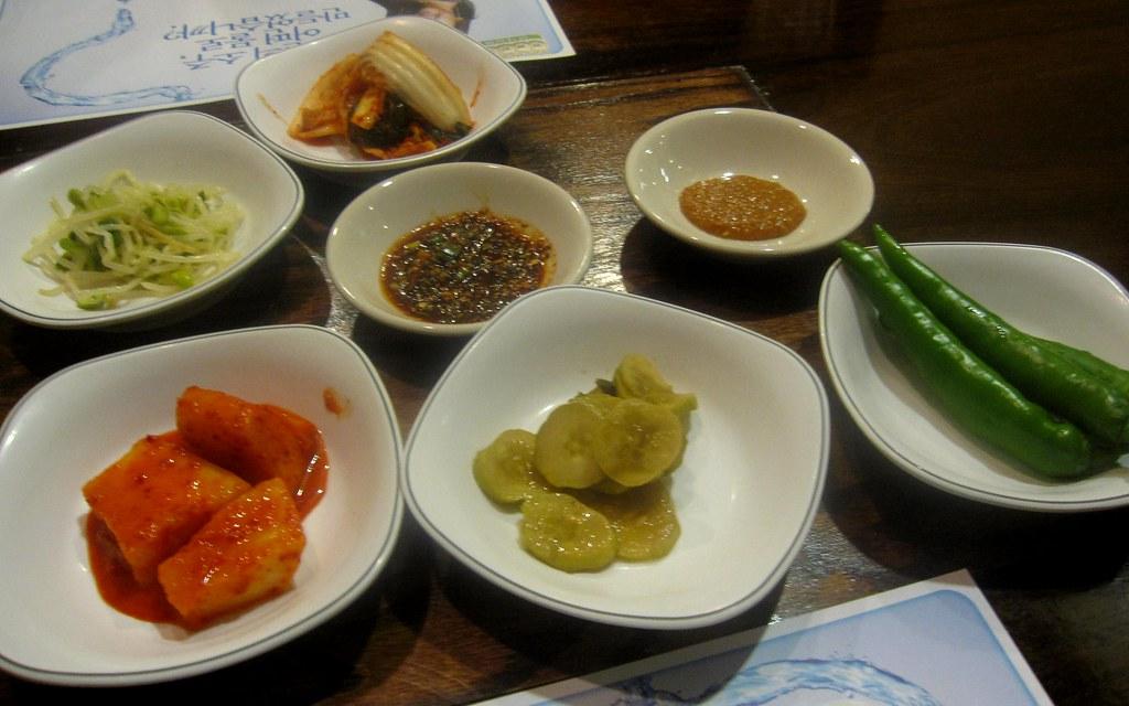 korea soup house banchan spread