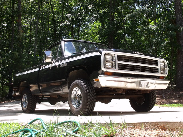 black truck wagon power pickup dodge 1980 w150 shortbed