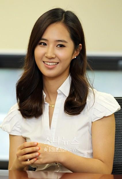 [06.07.2010][NEWS]Yuri và Sooyoung ủng hộ việc kí kết những bản hợp đồng công bằng  4767122840_cd769a2428_z