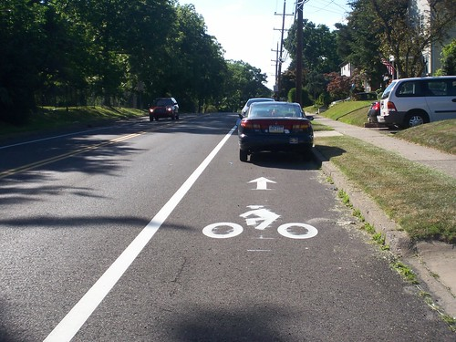 Susquehanna Rd cars parked in bike lane