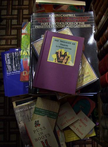 Lost H Books 7
