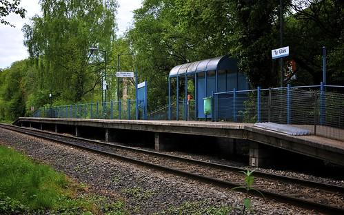 Ty Glas Railway Station