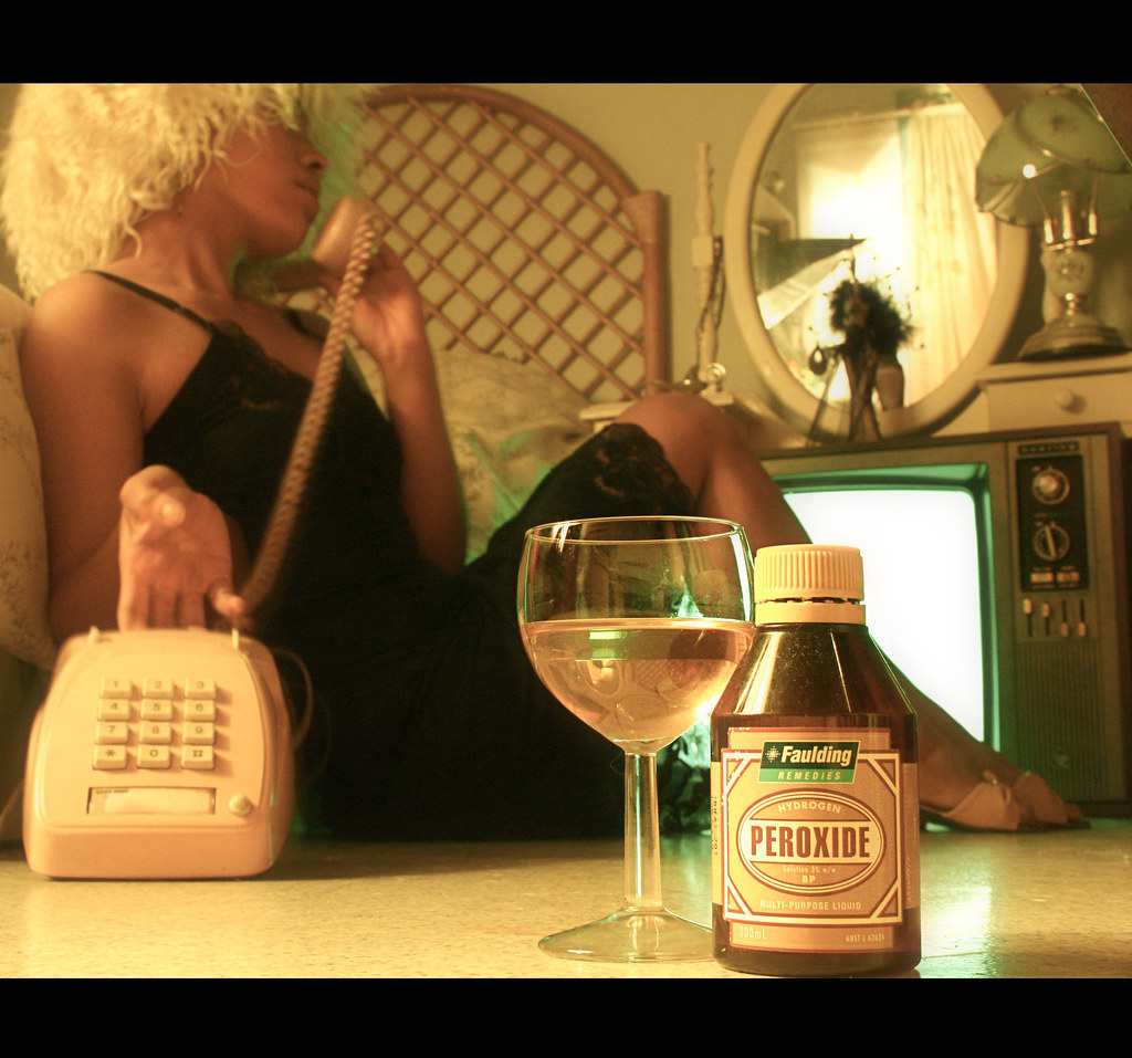 174/365 : 'Plain Jane : Peroxide Blonde'