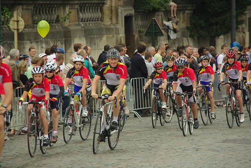 Kids race at the 2010 Tour de France